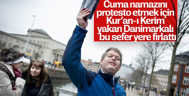 Aşırı sağcı Danimarkalı lider  Kur'an-ı Kerim'i yere attı