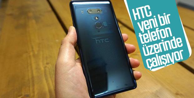 HTC yeni bir orta seviye telefon üzerinde çalışıyor