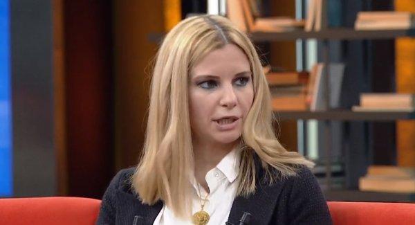 Burcu Çetinkaya açılma kararını eleştirenlere cevap verdi