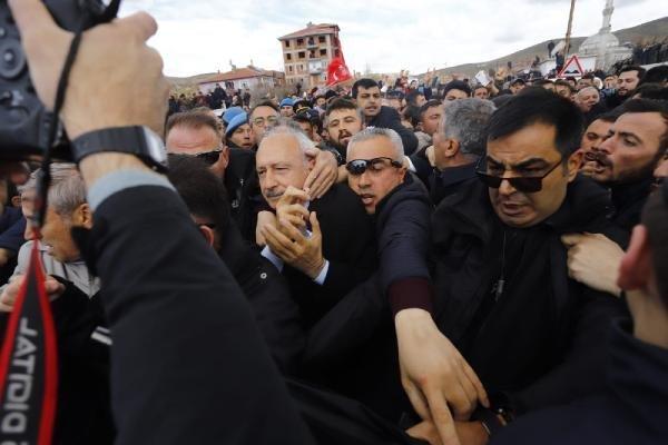 Kemal Kılıçdaroğlu'nun saldırı sonrası ilk görüntüsü