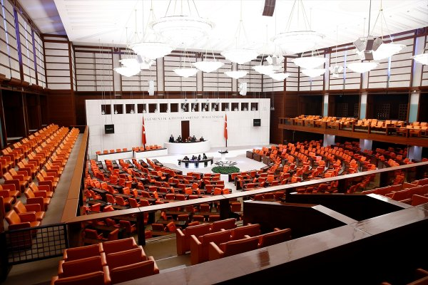 Meclis 2 aydır çalışmıyor