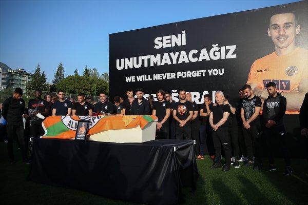 Josef Sural'ın ailesi Türkiye'den ayrıldı
