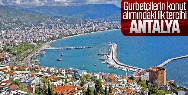 Gurbetçiler Antalya'yı tercih ediyor