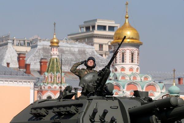 Rusya'da Zafer Bayramı gösterisi