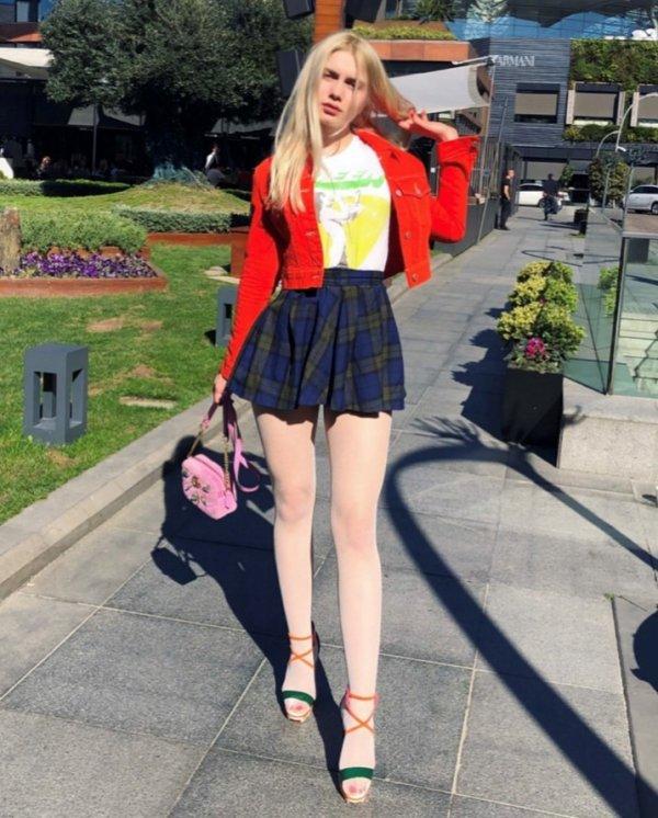 Aleyna Tilki sosyal medyayı salladı