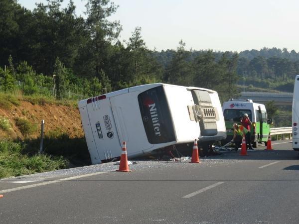 Ümraniye'de kaza: 1 ölü 15 yaralı