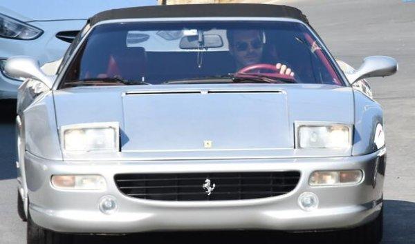 Kıvanç Tatlıtuğ Ferrari'sini satamadı
