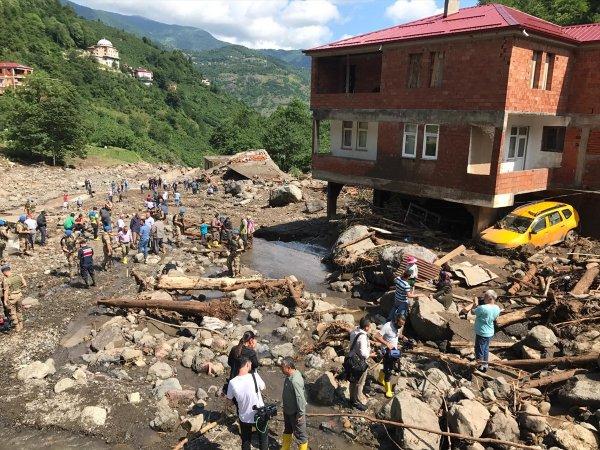 Bakan Pakdemirli'den Araklı'daki sel felaketi ile ilgili açıklama