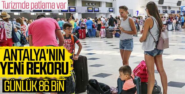 Antalya günlük yolcu sayısı rekorunu tazeledi