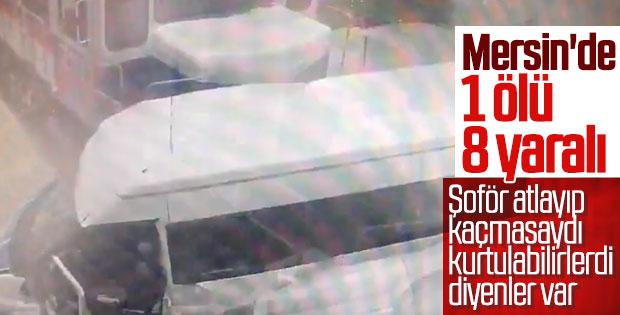 Mersin'de yük treni minibüse çarptı: 1 ölü, 8 yaralı