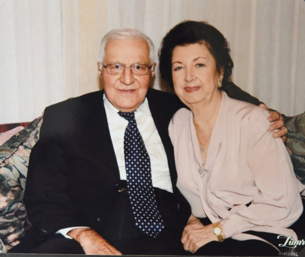 Psikiyatrinin Duayeni Prof. Dr. Özcan Köknel, ruhlara ayna tutuyor