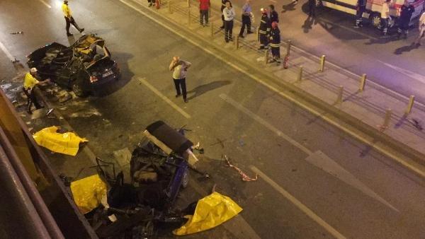Konya'da iki araç çarpıştı: 7 ölü