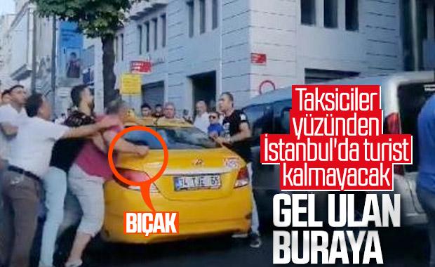 Fatih'te taksici yolcuya bıçakla saldırdı
