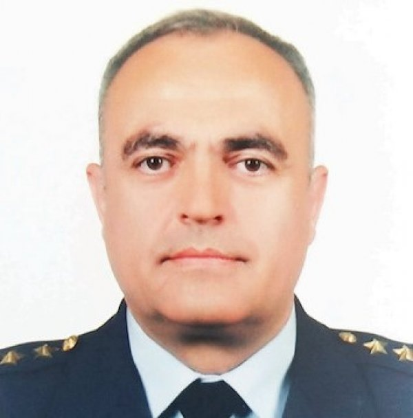 TSK'ya gönüllü dönen pilot albay generalliğe terfi etti