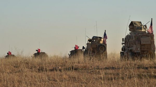 YPG Suriye sınırından çekiliyor