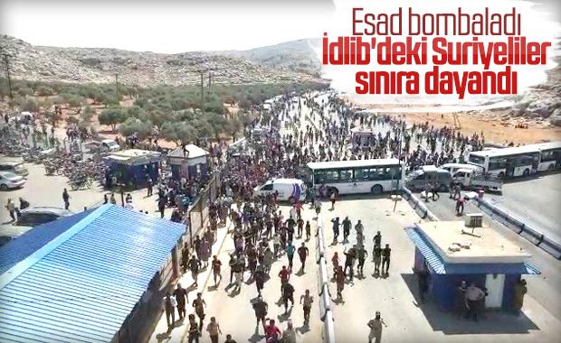 İdlib'den kaçanlar sınır kapısında