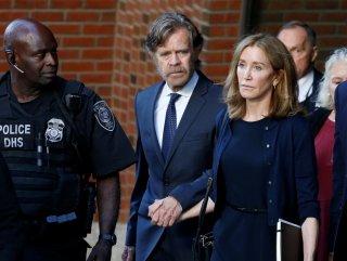 Felicity Huffman'a 14 gün hapis cezası