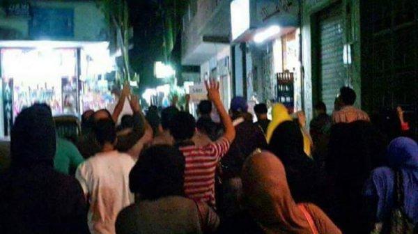Mısırlılar Sisi'ye karşı ayaklandı