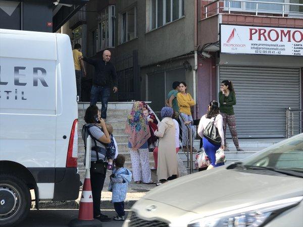 İstanbullular deprem sonrası sokağa çıktı
