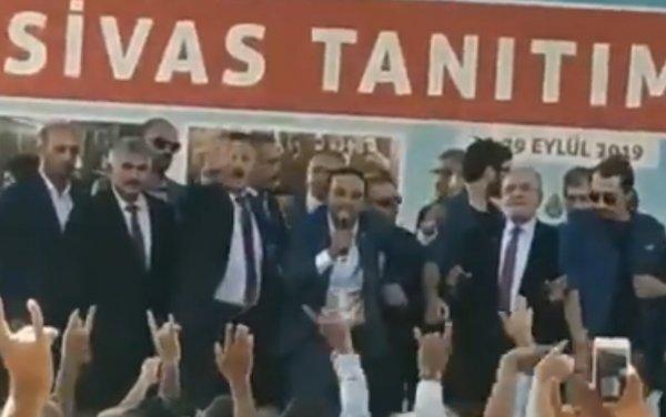 Temel Karamollaoğlu'na Sivaslılardan protesto