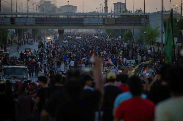 Irak hükümetinden protestocuların taleplerine yanıt geldi