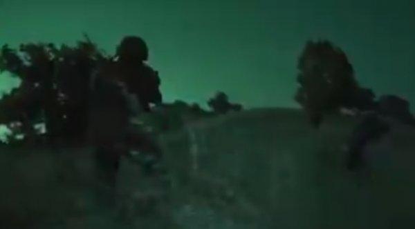 Komandolar Fırat'ın doğusunda YPG'yi vuruyor