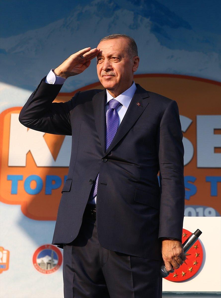 Cumhurbaşkanı Erdoğan'dan Mehmetçik'e asker selamı