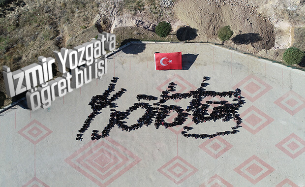 Yozgatlı öğrencilerden Atatürk imzası koreografisi