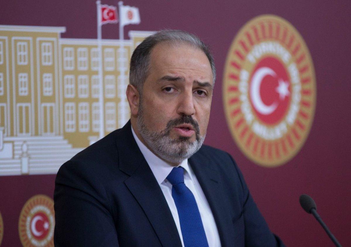 Mustafa Yeneroğlu, AK Parti'den istifa etti