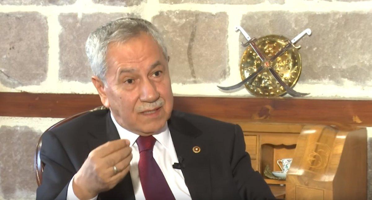 Bülent Arınç, FETÖ iddianamelerini eleştirdi