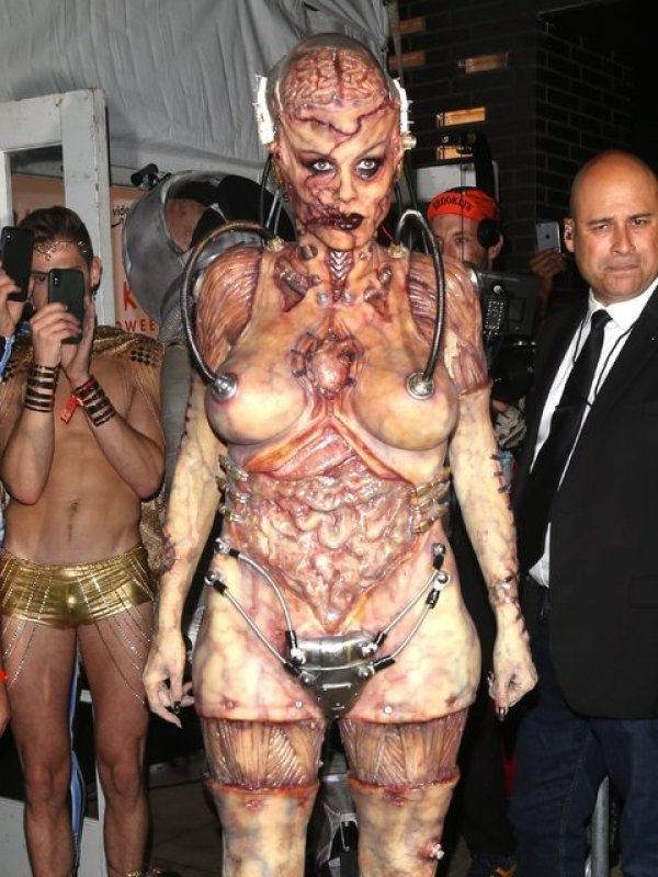 Heidi Klum, Cadılar Bayramı'na damga vurdu