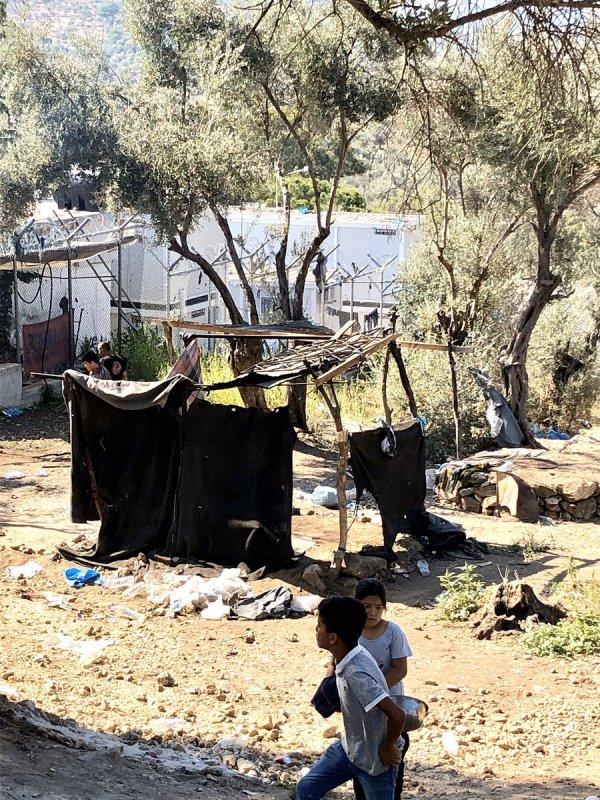 Yunan gazeteci ülkesinden utanç duyduğunu söyledi
