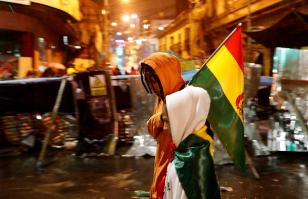 Bolivya Devlet Başkanı'nın evi yağmalandı