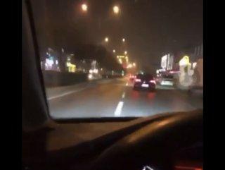 Alkollü sürücü araç kullanırken canlı yayın yaptı #1