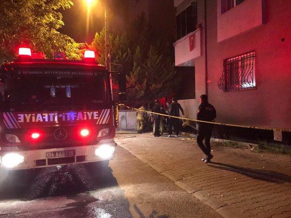 Kartal'da mobilya atölyesinde yangın: 2 ölü