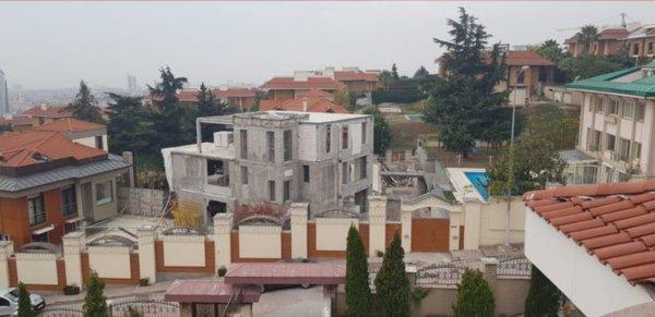 Unakıtan Ailesi'nin kaçak yapısı yıkıldı