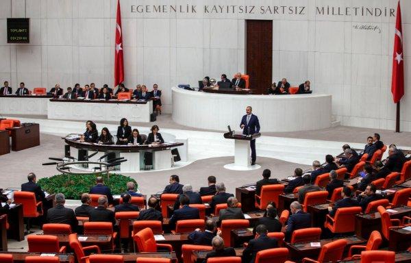 Adalet Bakanı, FETÖ borsası iddialarına cevap verdi