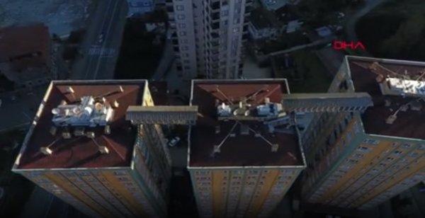 Rize'de yangın merdiveni çatıya kuruldu