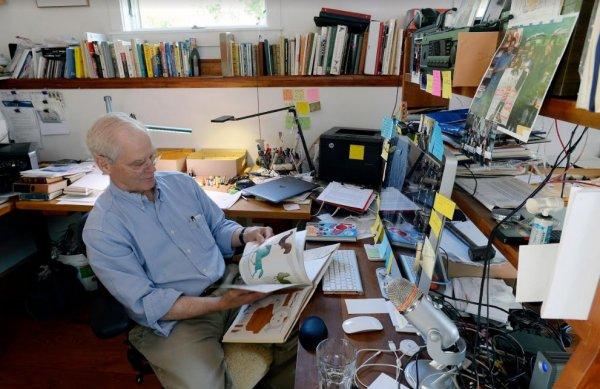 Dünyaca ünlü yazar Anrew Clements yaşamını yitirdi