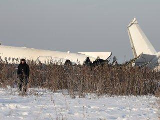 Kazakistan'da uçak kazası: 15 ölü