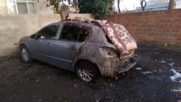 Ümraniye'de genç kadının otomobili kundaklandı