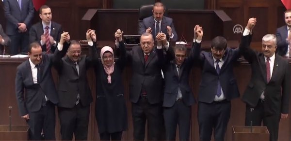 5 belediye başkanı AK Parti'ye geçti