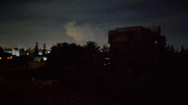 Libya'da Hafter güçleri Trablus'u vurdu