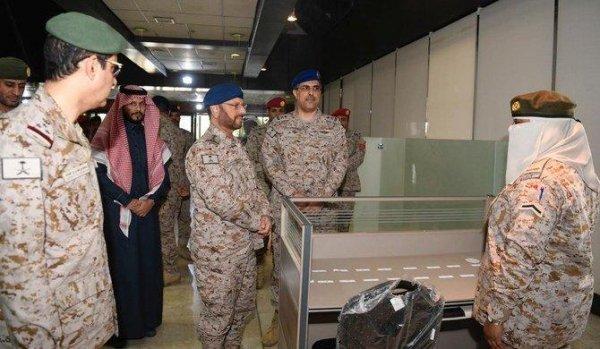 Suudi Arabistan ordusunun ilk kadın bölüğü açıldı