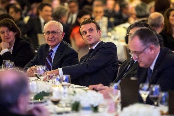 Macron sözde Ermeni soykırımını reddedenleri cezalandıracak