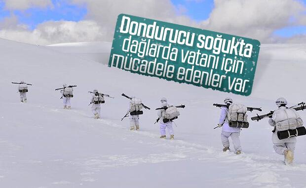 Türk askerinin dağlardaki terörist avı