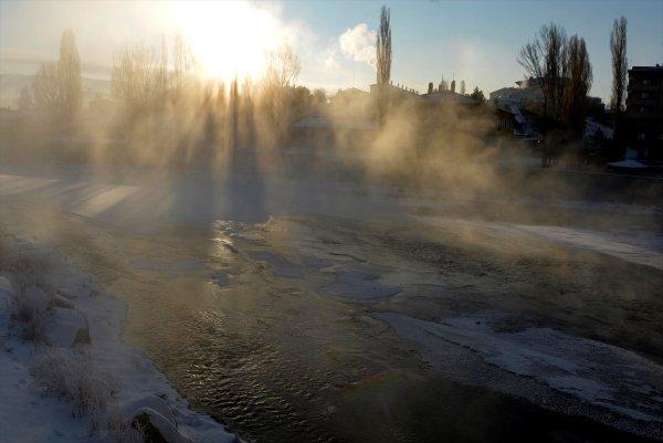 Ardahan'da dondurucu soğuk etkili oluyor