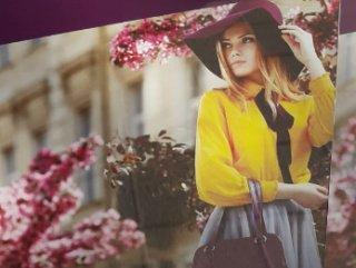 Muhafazakar giyim fuarı reklamında başı açık manken #1