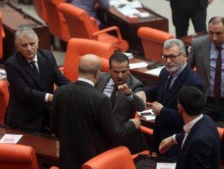 HDP'li vekilin sözleri Meclis'i karıştırdı #1