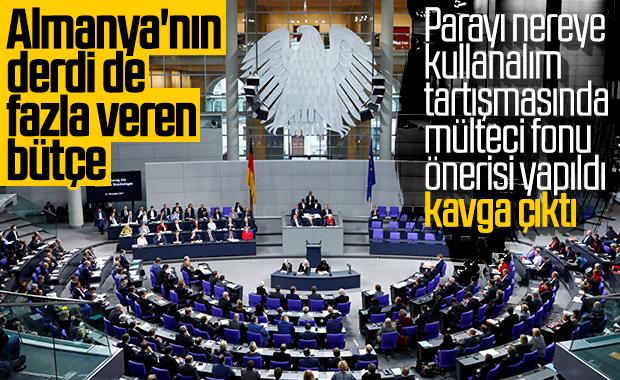 Almanya'da 13,5 milyar euroluk fazla bütçe sorun çıkardı